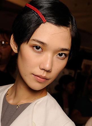 090918-tendances-maquillages-et-coiffures-_aspx69888Image