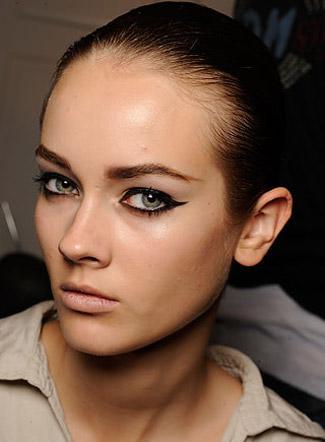 090918-tendances-maquillages-et-coiffures-_aspx69889Image