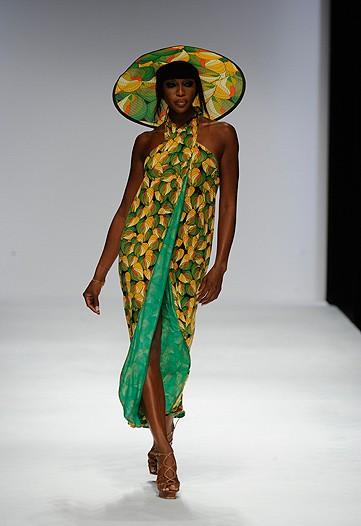 Naomi Campbell para Issa verão 2010